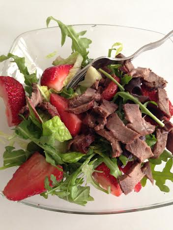 strawberry avacado salad