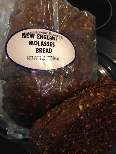 New England Molasses Bread